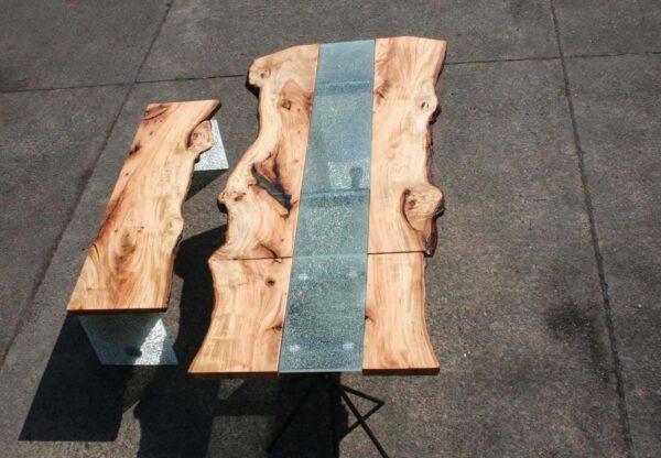 Baumtisch und Sitzbank aus Lindenholz Massiv