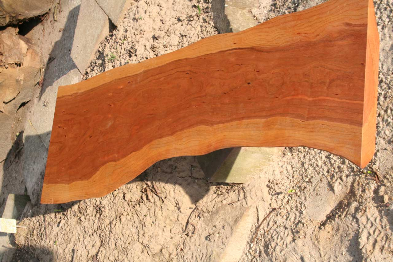Birnbaum Tischplatte