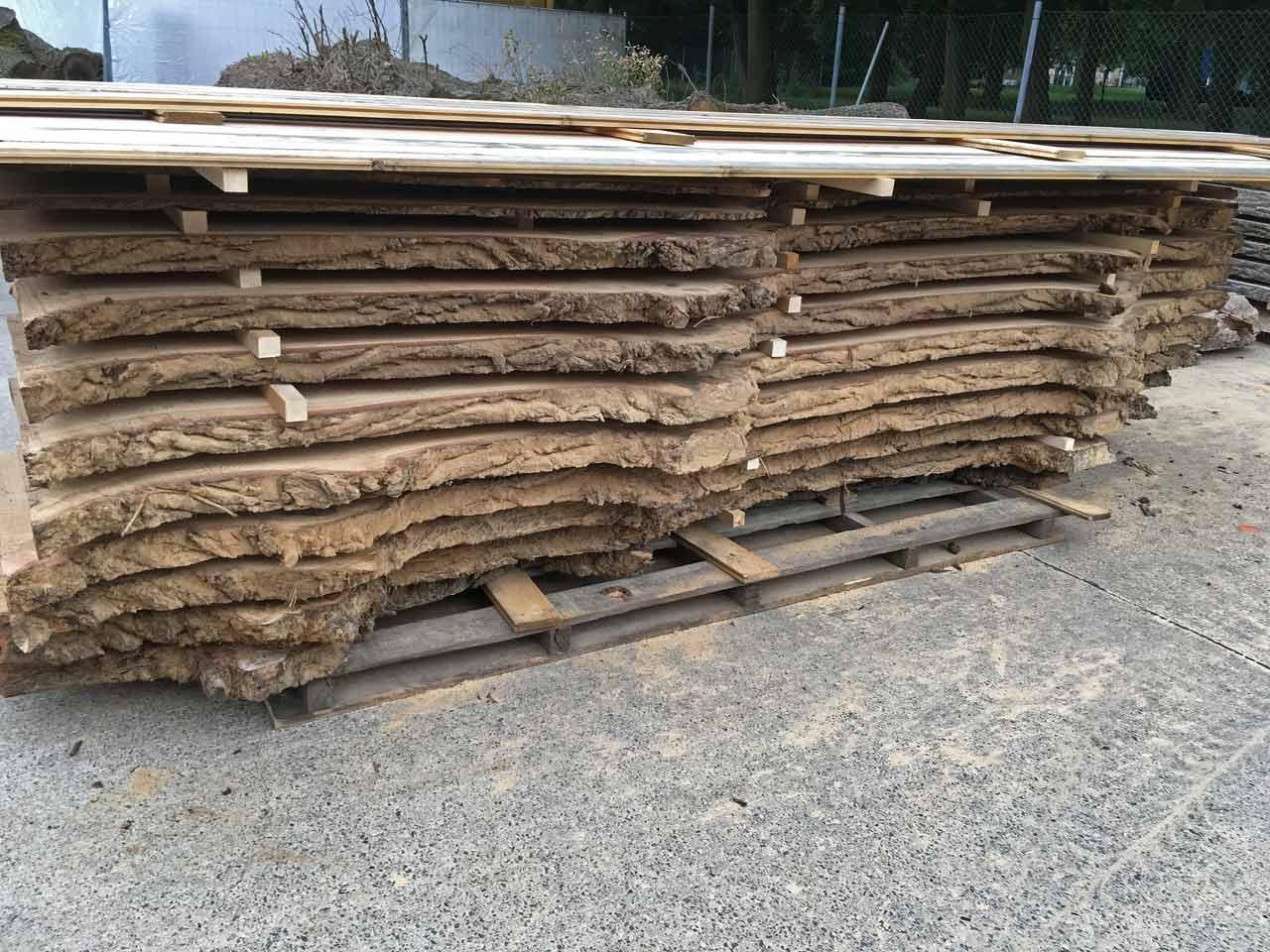Holzstapel Massivholzbohlen Eiche #17