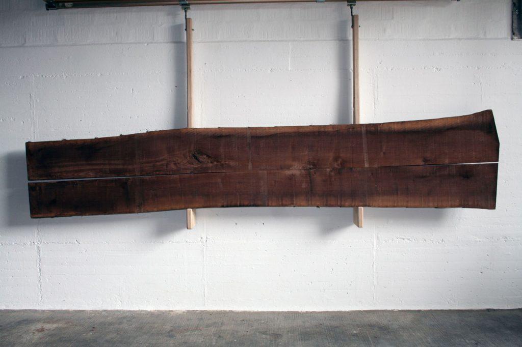 Nussbaumholz kerngetrennt dunkel massiv