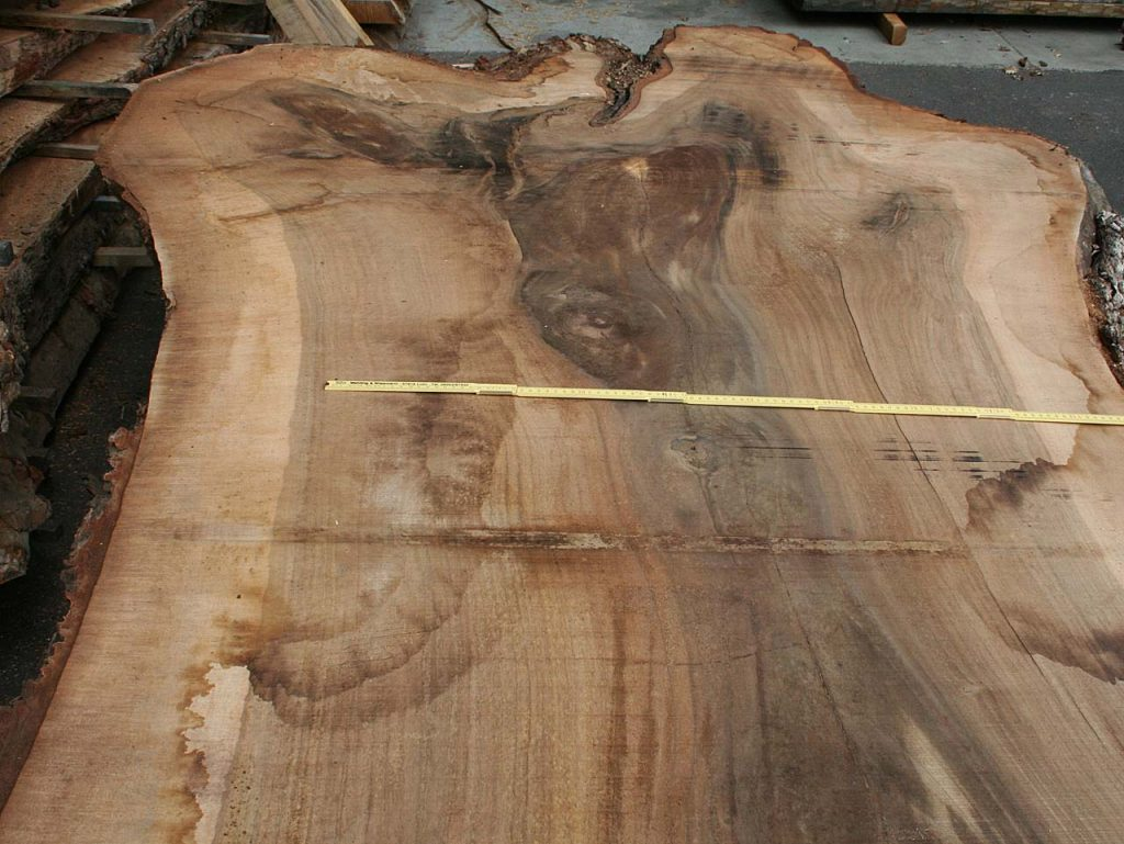 Nussbaumholz Tischplatte Massivholzbohle
