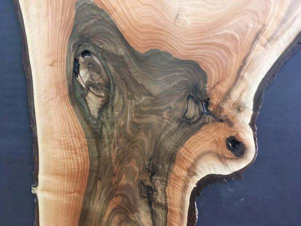 Wandbild aus Nussbaum Massivholz