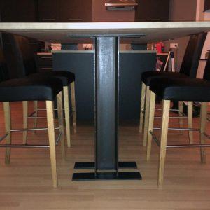 Tischgestell Stahlträger für freistehende Tische