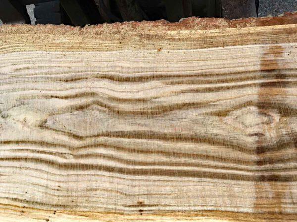 Gartenmöbel selber bauen Maserung der Eichenbohle